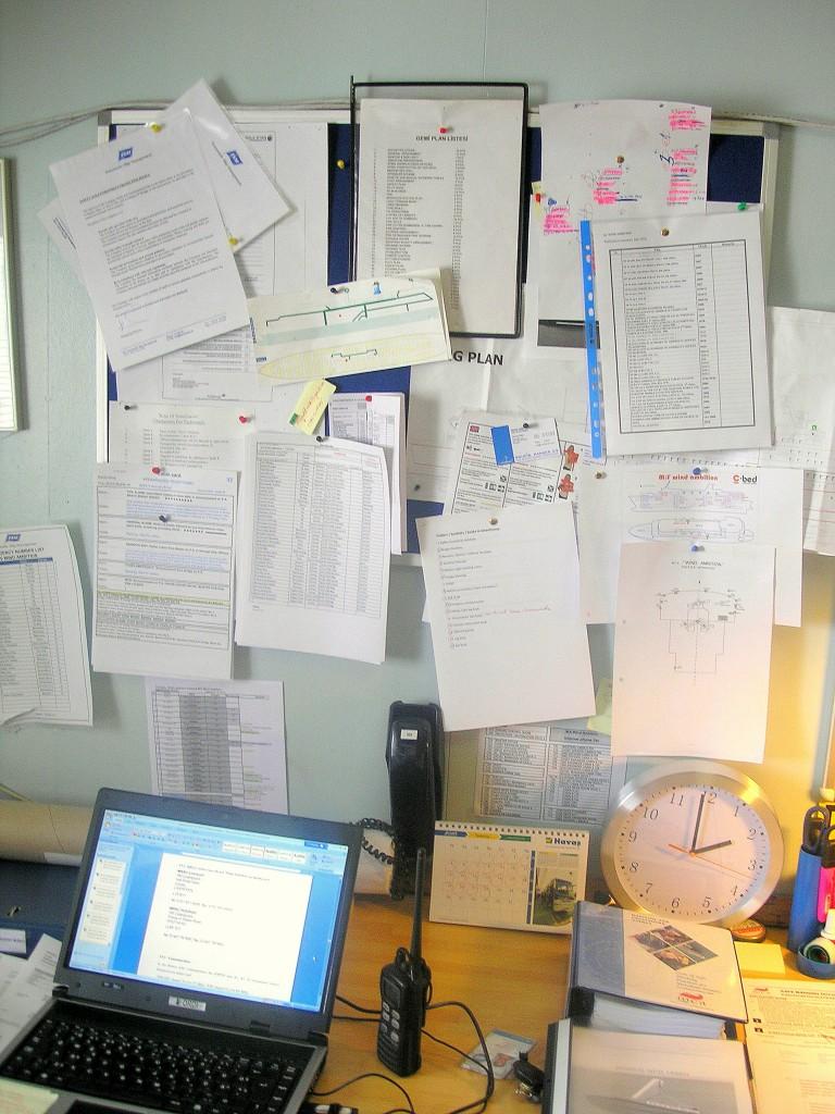 Bürokraatia tekitab paberitööd