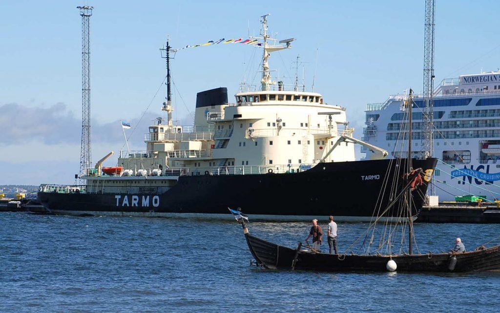 """Foto: Priit Põiklik /Veeteede Amet; """"Tarmo"""" Tallinna merepäevadel 2016. aasta suvel"""